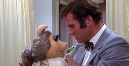 The steamy felt romance of the Muppets.